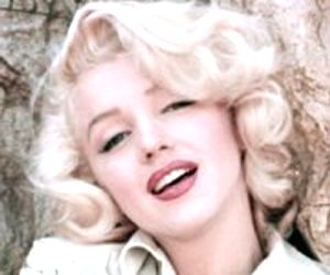 Marilyn Monroe wore no underwear for President Kennedy serenade