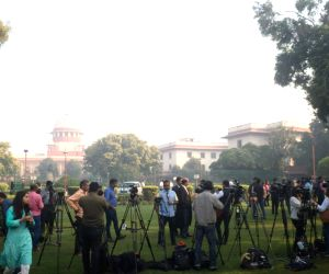 Media waiting for Ram Janambhumi verdict at Supreme Court