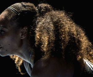 Muguruza, Serena begin training for French Open
