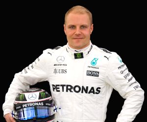F1: Bottas extends Mercedes contract till 2019