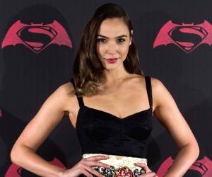 Gal Gadot to producing Fidel Castro's journalism drama