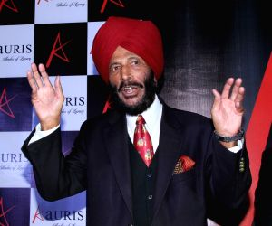 Farhan Akhtar, Rakeysh Mehra wish Milkha Singh as iconic athlete turns 90