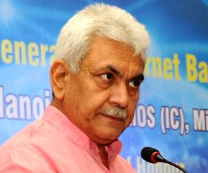 Manoj Sinha inaugurates Ghazipur Regional Rail Training Institute