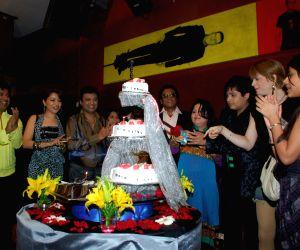 Mishti Mukherjee birthday bash.