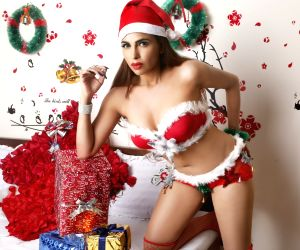 Myrra Christmas - photoshoot