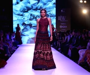 "The Indias International Jewellery Week 2017""-Model"