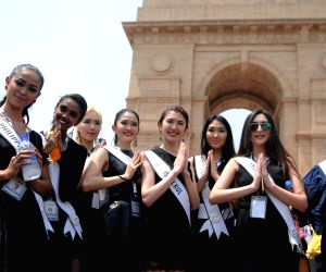 "Models campaign for ""Beti Bachao, Beti Padhao"
