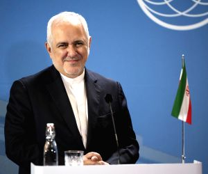 Ready to visit Riyadh to settle differences: Zarif