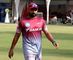 New Delhi: IPL 2017 - Delhi Daredevils - Practice Session - Shami