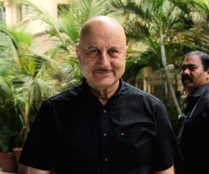 Anupam Kher: Wrong to pan Taapsee, Bhumi for playing old women