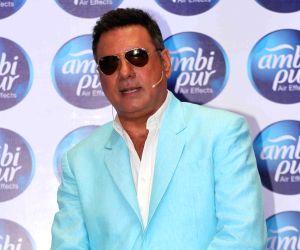 Boman Irani, Richa Chadda promote Ambi Pur