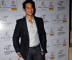 Dino Morea at calendar launch of Shail Mane's 'Why A Stray'