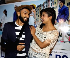 'Dil Dhadakne Do' cast watch movie trailer