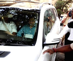 Salman Khan appears before a Mumbai Court in connection with the infamous 2002 hit and run case