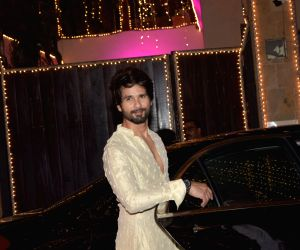 Shahid honing his cricketing skills for 'Jersey' role