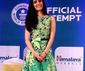 Shraddha Kapoor at Himalaya Herbals attempt of Guinness Book of World Records