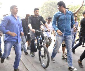 Sidharth Malhotra at Radio Mirchi's equal streets campaign