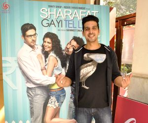 Zayed Khan promote film Sharafat Gayi Tel Lene