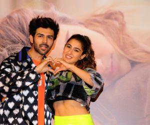 Kartik Aaryan: Sara & I will watch 'Love Aaj Kal' on Valentine's Day