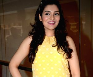 Promotion of film 'Second Hand Husband'