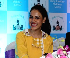 Lakme Fashion Week 2019: Genelia D'souza makes a comeback on the ramp after five years