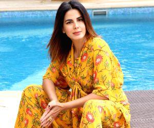 Empowerment the wrong word as women aren't weak: Kirti Kulhari