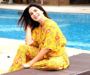 Costumes play important part in a project: Kirti Kulhari