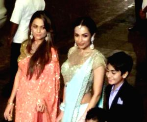 Malaika Arora Khan at wedding reception of Arpita