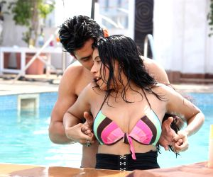 Maushmi Udeshi in bikini photo shoot