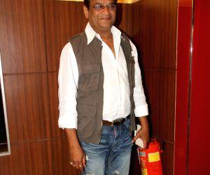 Premiere of Marathi film Coffee ANi Barach Kahi