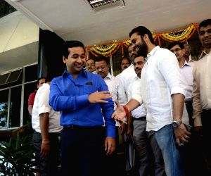Congress legislator Nitesh Rane meets Bahujan Vikas Aghadhi Party legislator Kshitij Thakur