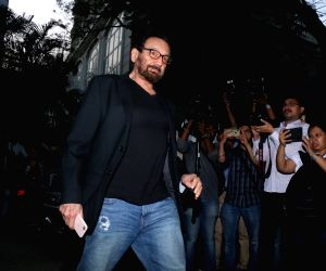 Mumbai: Director Shekhar Kapur arrives at actor Anil Kapoor's residence to meet the grief struck Kapoor family after sudden demise of actress Sridevi, in Mumbai on Feb 26, 2018. Veteran actress Sridevi passed away on Saturday night after suffering a
