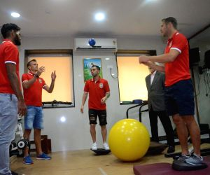 physiotherapy session of Mumbai FC players