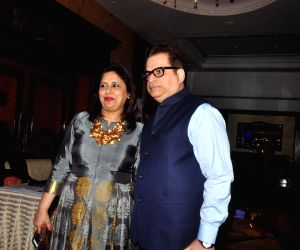 Celebs at Anmol Jewellers show 'Era of Design'