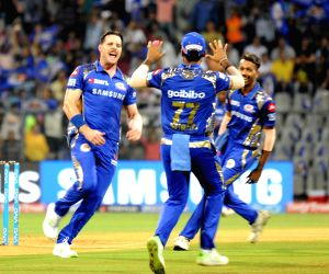 IPL 2018 - Match 23 - Sunrisers Hyderabad Vs Mumbai Indians