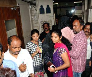 Mumbai policemen arrested