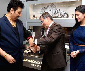 Kumar Sanu, Amyra Dastur felicitate by Oliver Bernheim