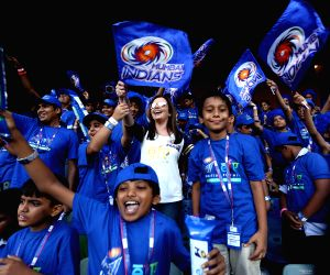 18,000 underprivileged kids cheer for Mumbai Indians