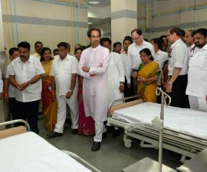 Uddhav Thackeray at the inauguration of an emergency ward at KEM Hospital