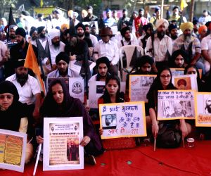 Sikhs protest to press for release of Sikhs prisoner