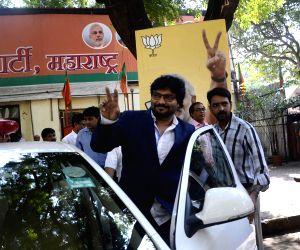 Mumbai: Babul Supriyo at BJP office