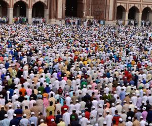 Delhi marks Eid with fervour and gaiety