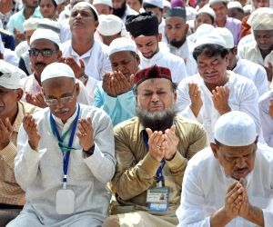 West Bengal celebrates Eid-ul-Fitr with prayers, cultural soirees