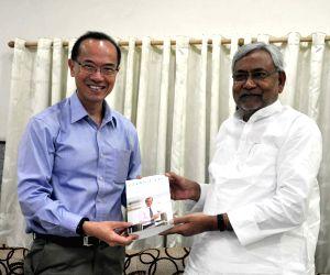 George Yeo calls on the Bihar CM