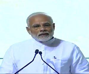COVID-19: Modi to speak to Ganguly, Tendulkar, Kohli & Sehwag among others