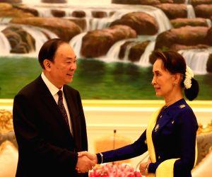 MYANMAR-NAY PYI TAW-HUANG KUNMING-MEETING