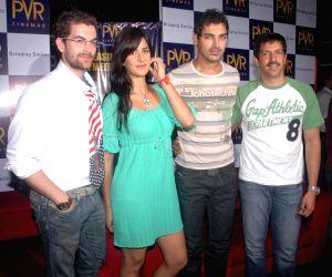 "Neil Nitin Mukesh, Katrina Kaif, John Abraham and director Kabir Khan at Mumbai's Phoenix Mills to promote their film ""New York""."