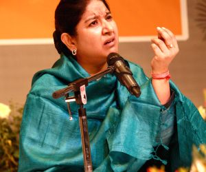 :New Delhi, 29 Oct 2012- Ustad Zila Khan reciting urdu translations of Union Minister Kapil Sibal's poetry at the foundation Day of Jamia Millia Islamia, in New Delhi on Monday-IANS Photo by ...