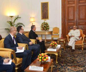 Belarus Foreign Minister calls on President Mukherjee