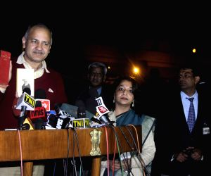 Manish Sisodia talks to press after meeting President